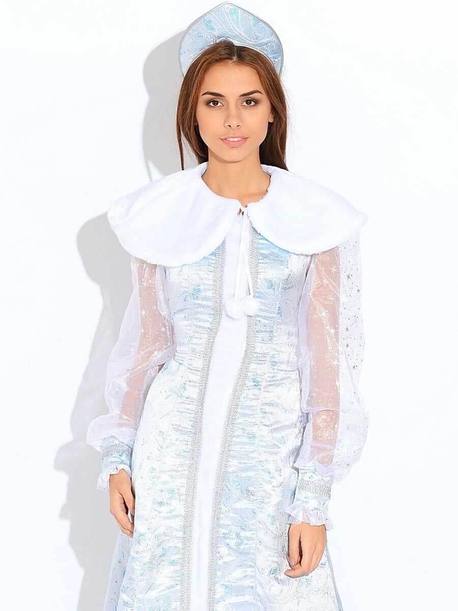 Снегурочка в костюме Шелк с прозрачными рукавами.